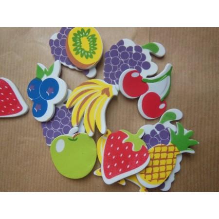 Owoce piankowe: jabłka,...